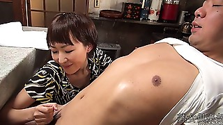 Japanese MILF Handjob (Uncensored)