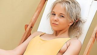 Monroe (Filthy Siesta) (2012) HD 1080p